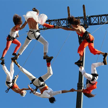 Il Posto - Crane Aerial Dance