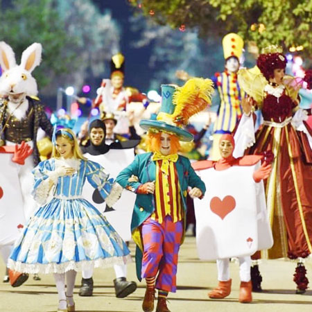 Alice in Wonderland Parade - In-house Production