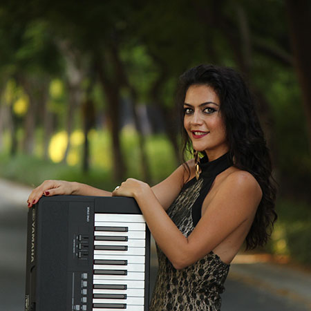 Kalina Simeonova - Female Pianist