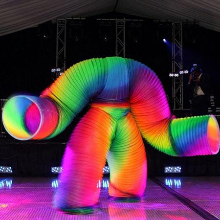 Veniamin Shows - Slinky