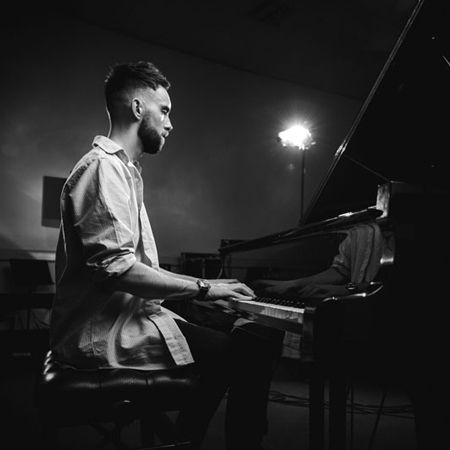 Lewis Bolland - Wedding & Events Pianist