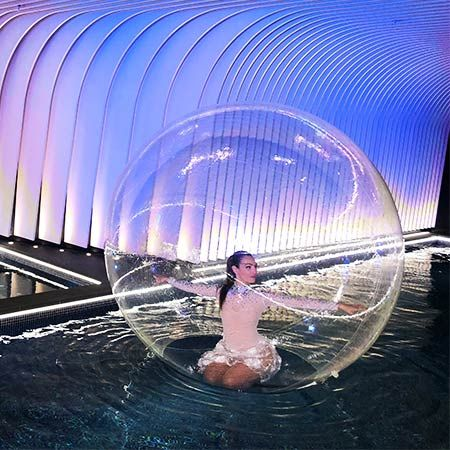 Dance Circus - Bubble / Sphere Performers