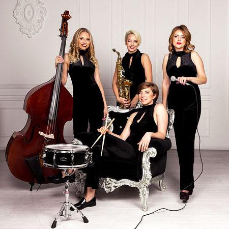 At Last Jazz Women Band