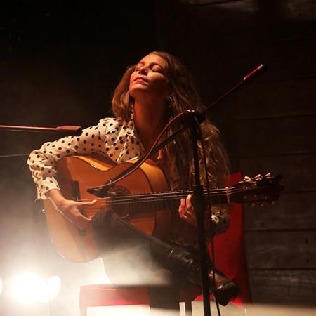 Noa Drezner - Solo flamenco guitarist