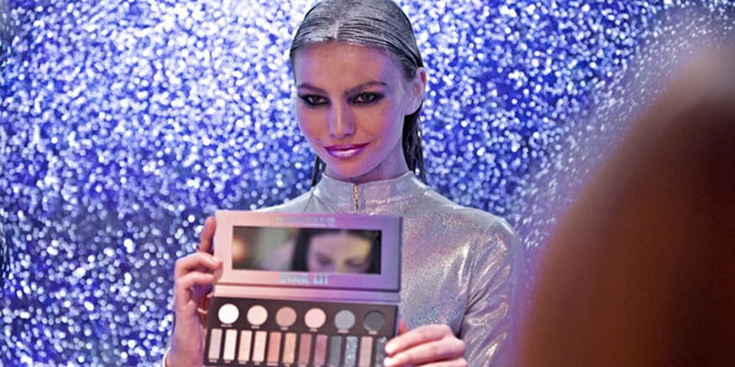 LED Dancers Leave Guests Wide-Eyed At Make Up Launch