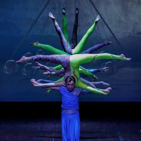 AEROS - Circus Stage Show