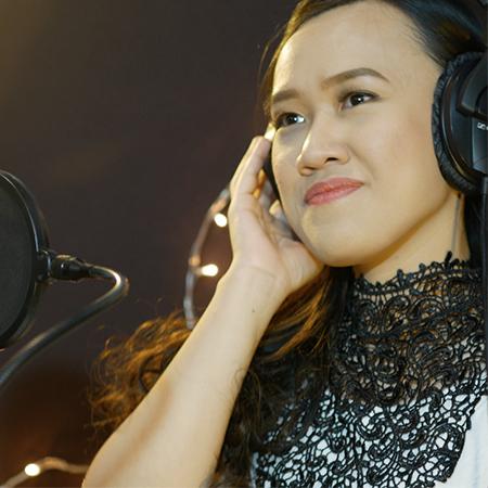 March Vargas - Singer Manila