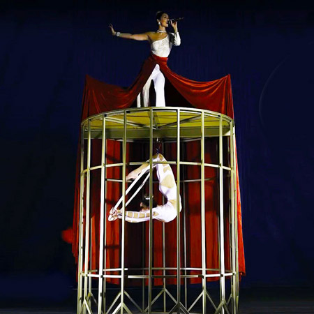 Alice Capitani - Caged