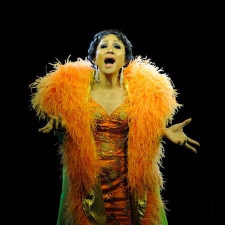 Ruth Galura - Shirley Bassey Tribute
