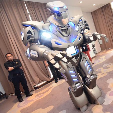 Titan The Robot Dubai