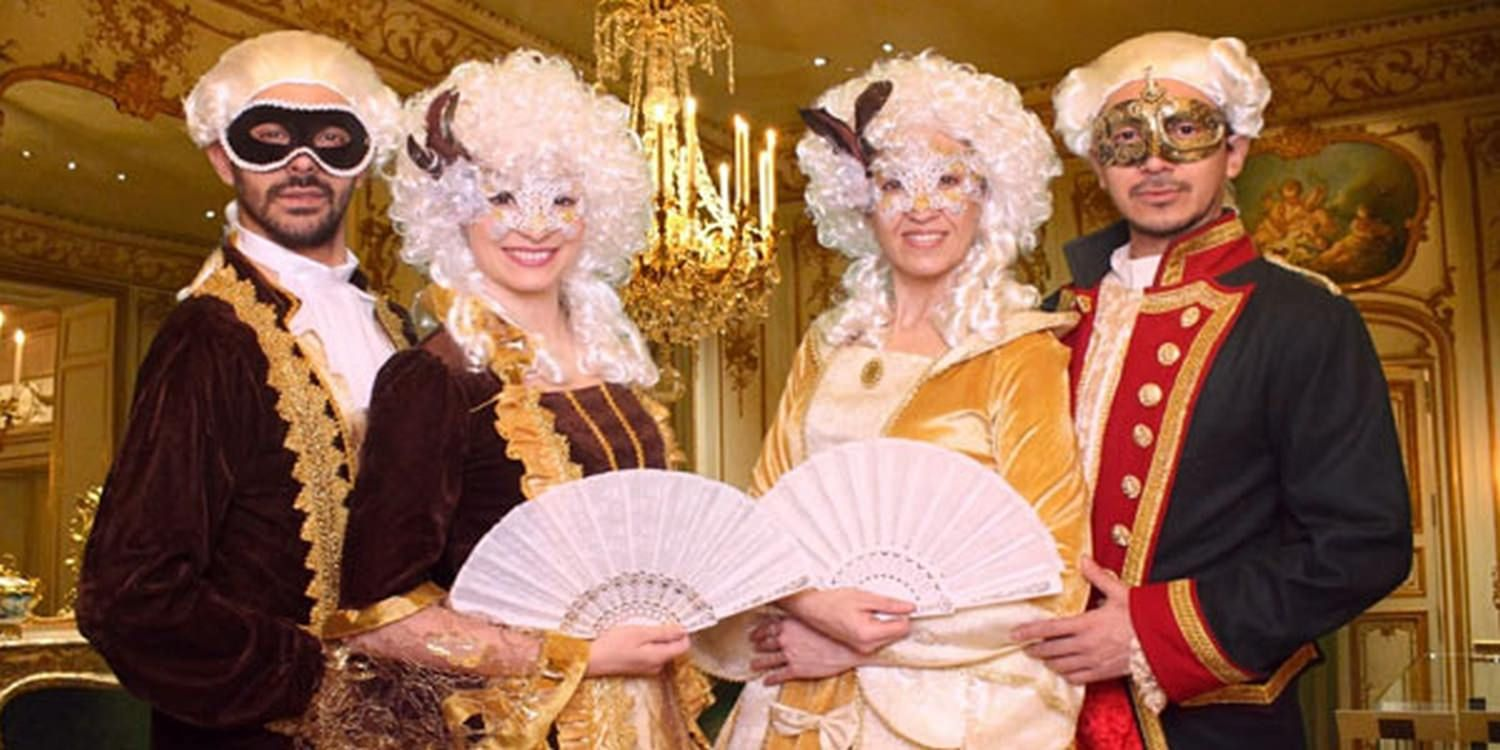 Royal Themed Characters Welcome Guests In Madrid