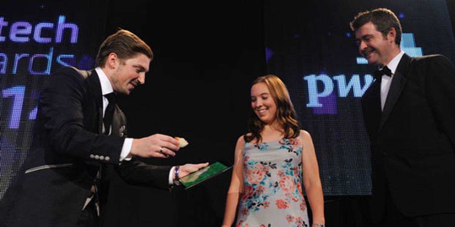 Magician Wows Audiences In Barcelona