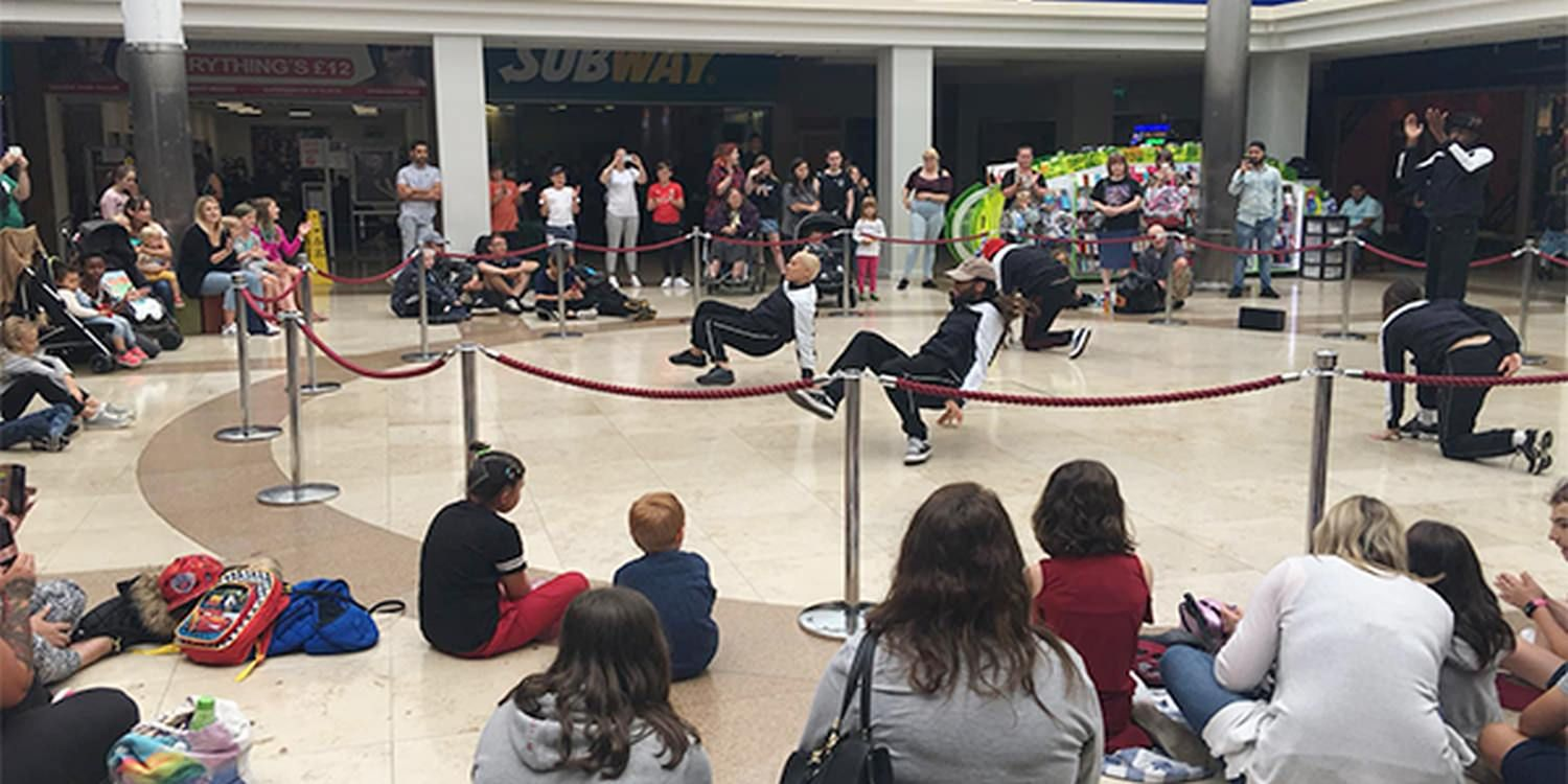 Street Dancers Amaze Crowd With Impressive Tricks At Mall Activation
