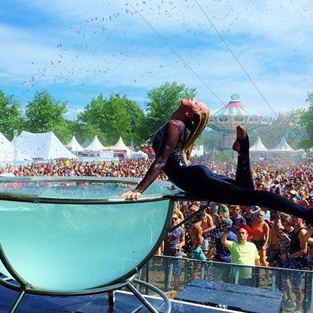 Svetlana Wottschel - Water Bowl