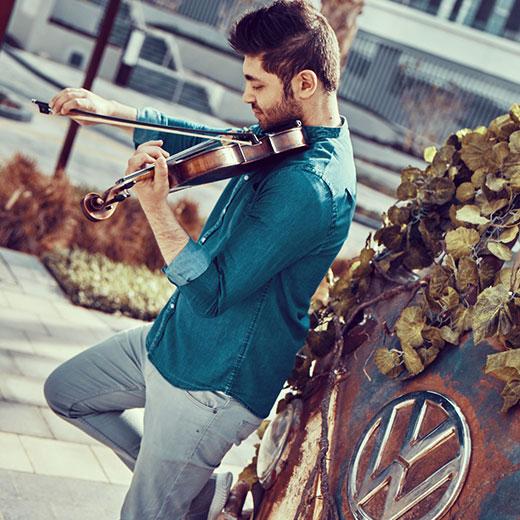Solo violin show ( Arabic + English)