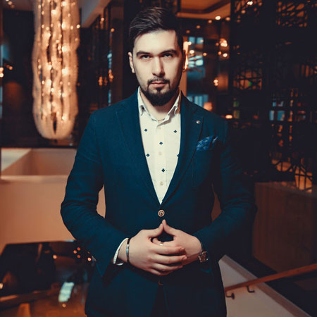 Vasiliy Verenich - Magician