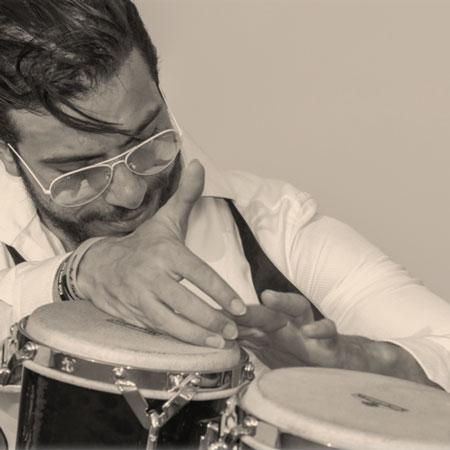 Kdun Albaz - Percussionist