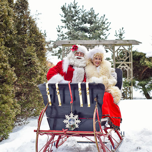 Linda Googh - Mr and Mrs Claus