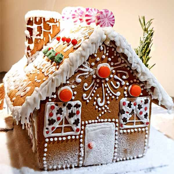 Sisi Food Sculptor - Virtual Gingerbread Workshop