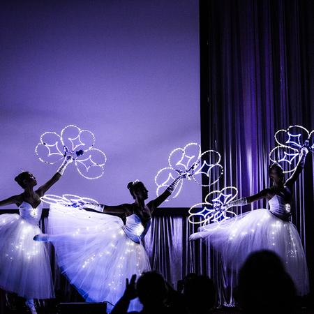 Luminous art-performances - White Light Ballet Show