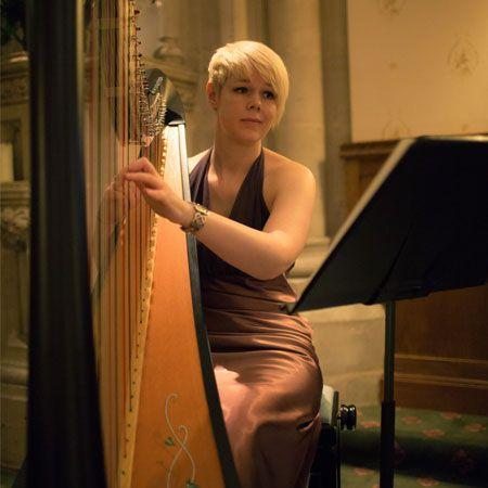 Lizzie Peacock - Harpist
