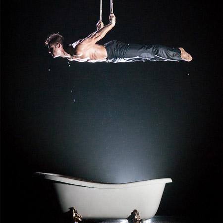 Aerial Bath Tub Act