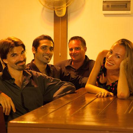 Los Puentes Band