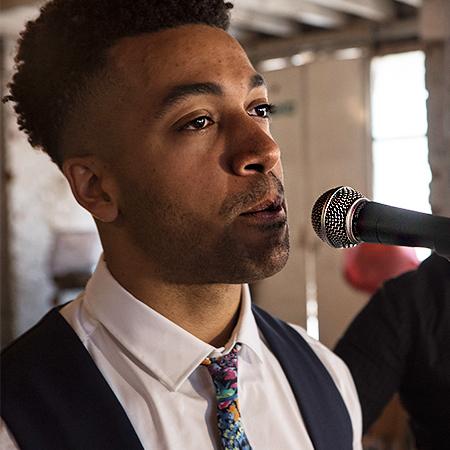 Joe Jacquest - Singer Berlin