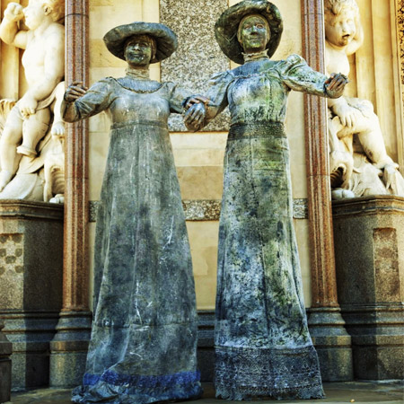 Lutrek Statues - Stonehearts