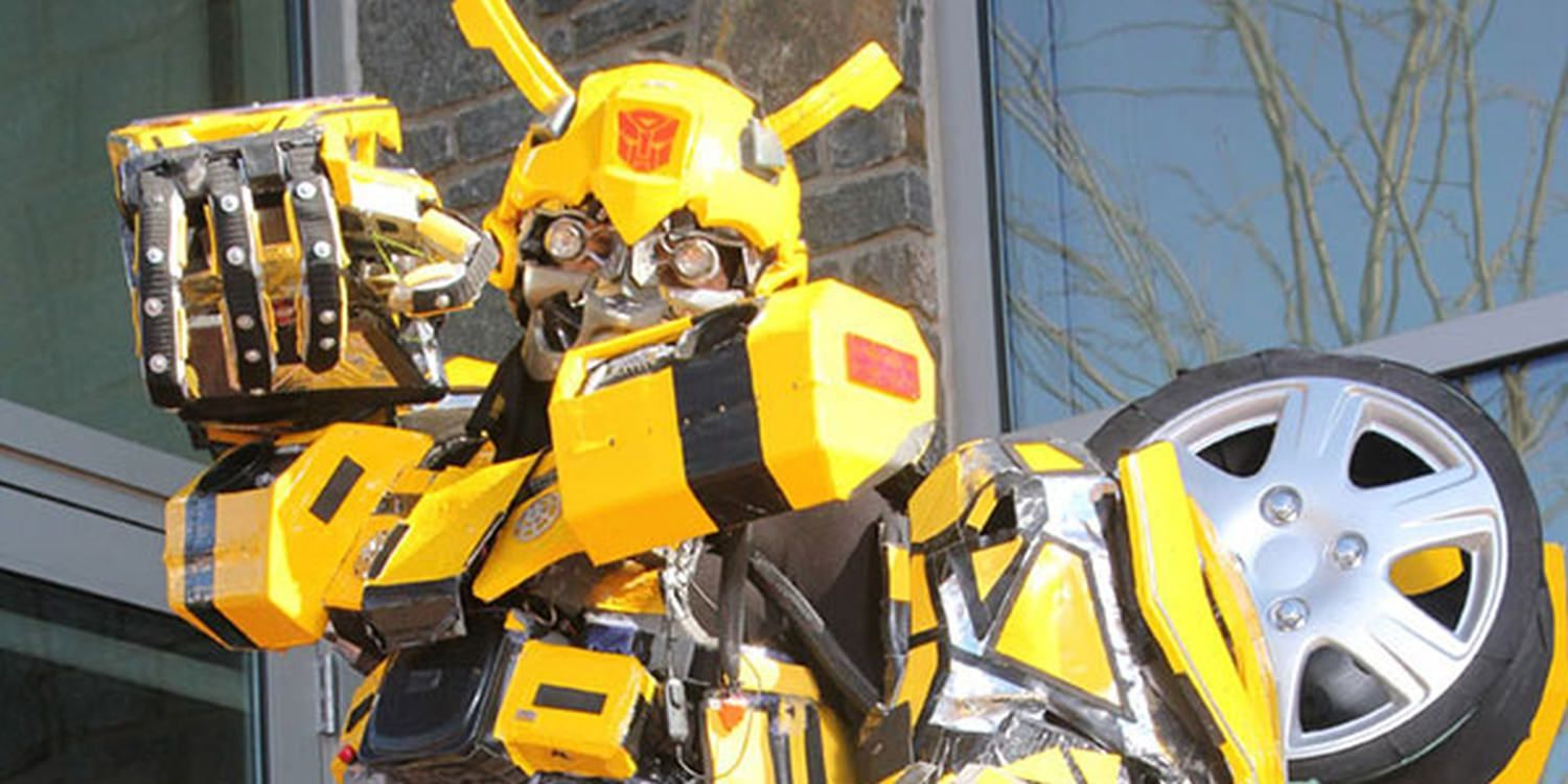 Transforming Robot Excites Birthday Party Guests