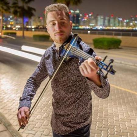 Sean Gavin - Roaming Violinist