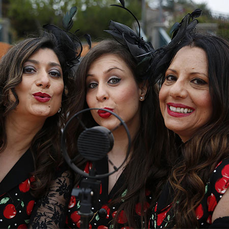 Sisters Up - Vocal Trio