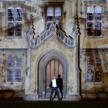 Alexis Arts - Magic Projection Show