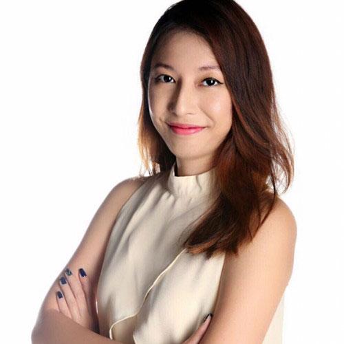 Angela Teng - Financial and Tech Speaker