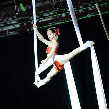 Justine Squire - Chinese Circus Acts