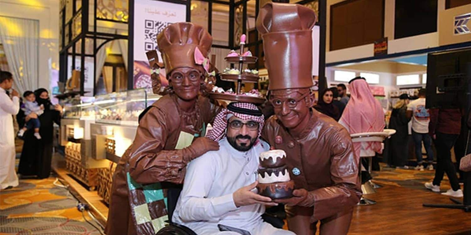 Chocolate Walkabout Characters Create A Social Media Buzz