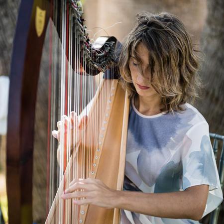 Anna Kulikova - Harpist