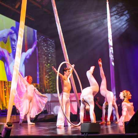 Tumbellina: Large Cirque Shows