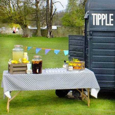 Tipple & Toast - Mobile Horse box bar