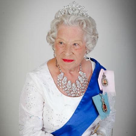 Patricia Ford - Queen Elizabeth Lookalike