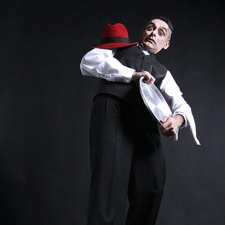 Sergio Lumbardini - The Waiter