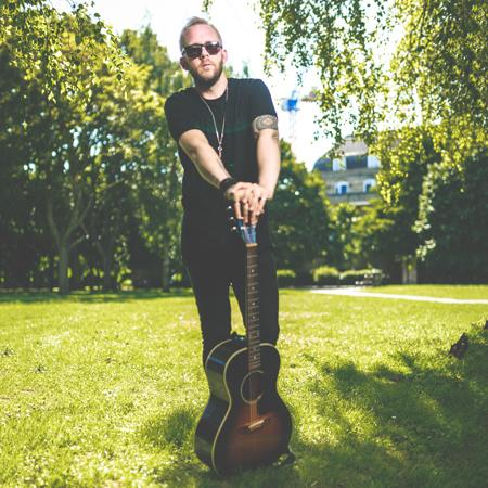 Ian Britt - Acoustic Singer