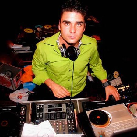 Samba Entertainment - DJ Efi