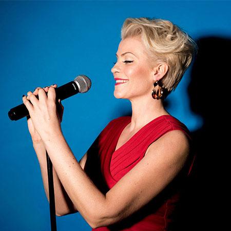 Samantha Andersen - Singer