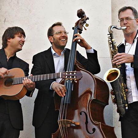Sven Claussen - Sven Clausen Acoustic Trio