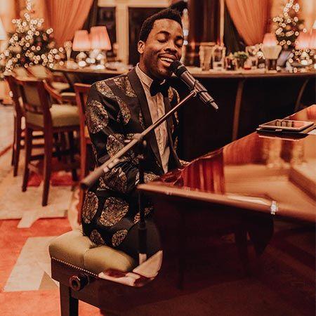 Michael Amadi - Pianist