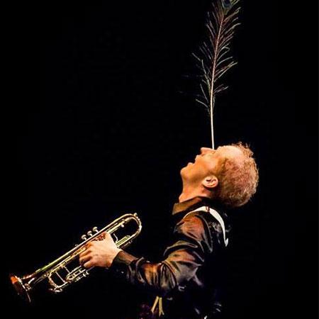 Mister Crepy - Multiskilled Circus Artist